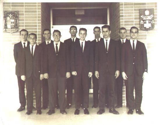 Class of 1963.jpg (29647 bytes)